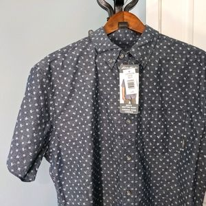 Eddie Bauer button down shirt NWT large